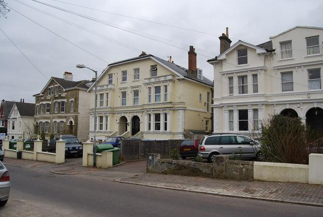 Victorian Villas, Queen's Rd