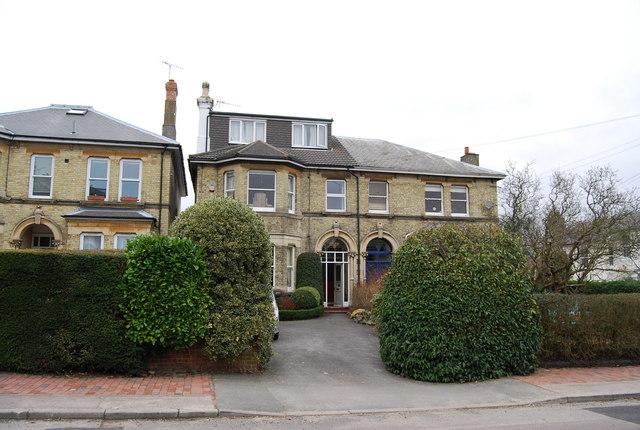 Daniel Lodge, Queen's Rd