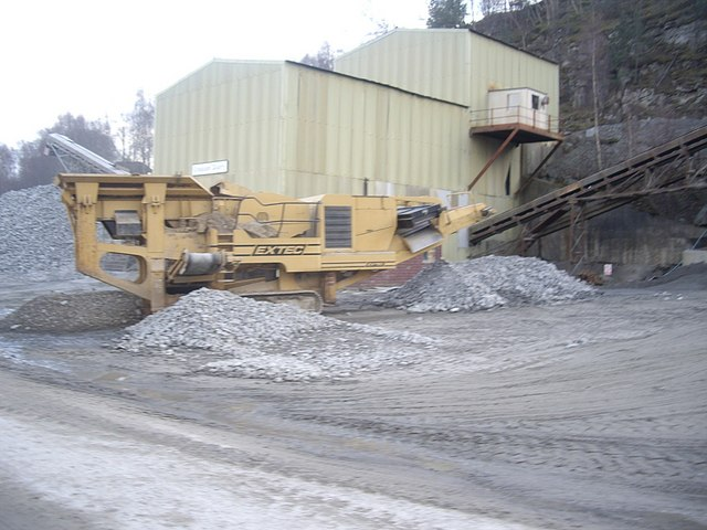 EXTEC rock crusher