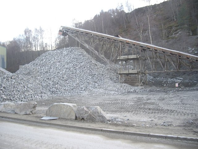 Stone conveyor belt