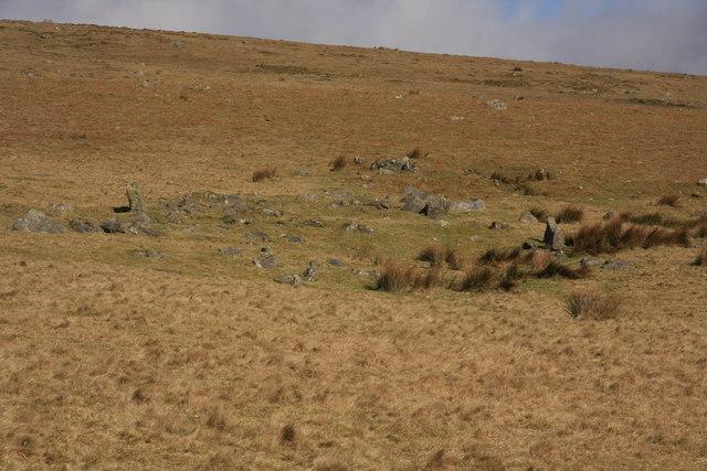 Settlement on Stalldown Hill