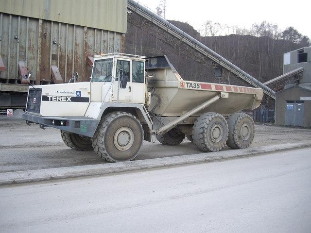 Articulated dumper-truck at Craiglash Quarry