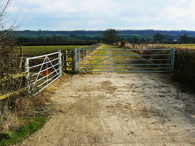 Farm track, near Preston