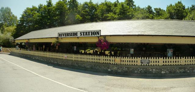 Newton Abbot : Trago Mills, Riverside Station