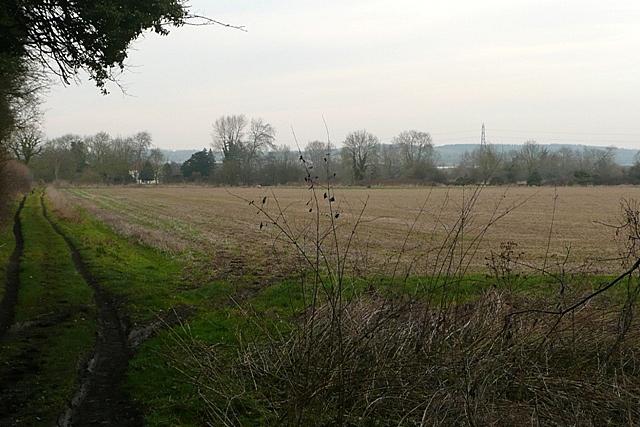 Footpath to Crookham Manor