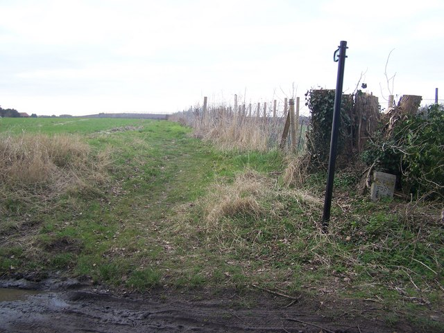 Footpath on Luddenham Road