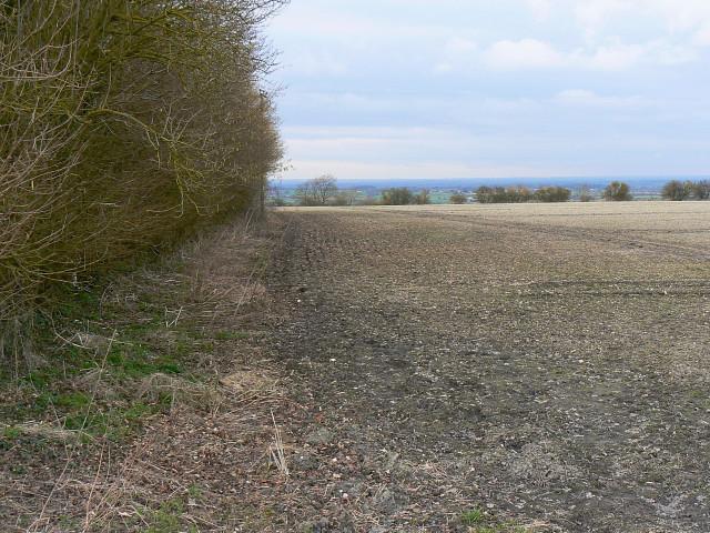 Farmland south-west of Clyffe Pypard