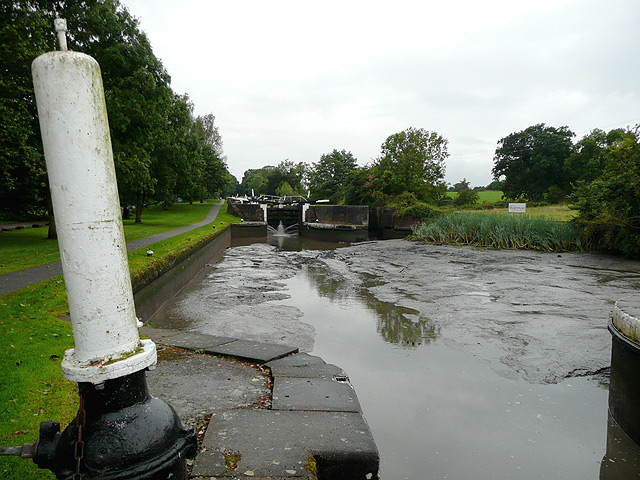 No water for Hatton Locks No 43, Warwickshire