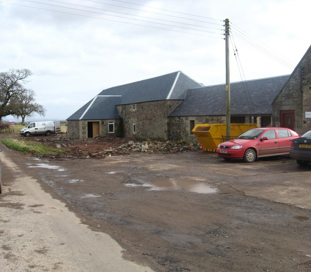 Farm buildings being converted to homes at Cothill