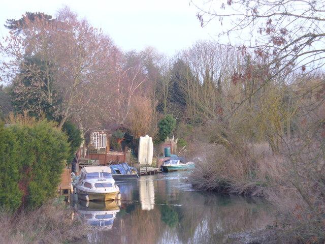 River Wey, Old Woking