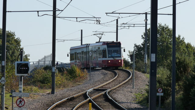 Tram Approaching Mitcham Junction Stop