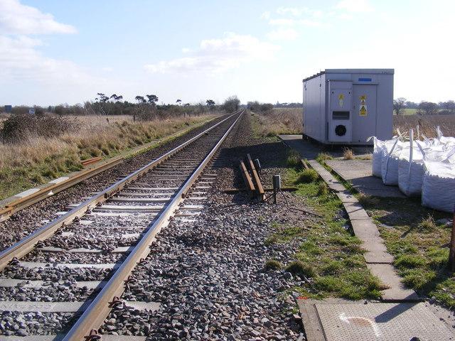Along the tracks looking towards Trmley St.Martin