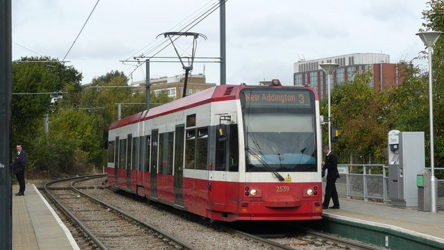 Tram at Dundonald Road