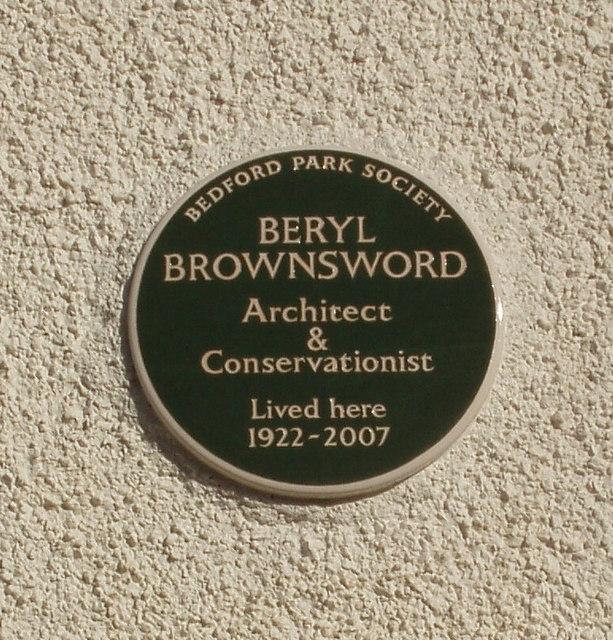 Plaque commemorating Beryl Brownsword, Bedford Park conservationist