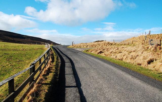 Lane junction near Fea