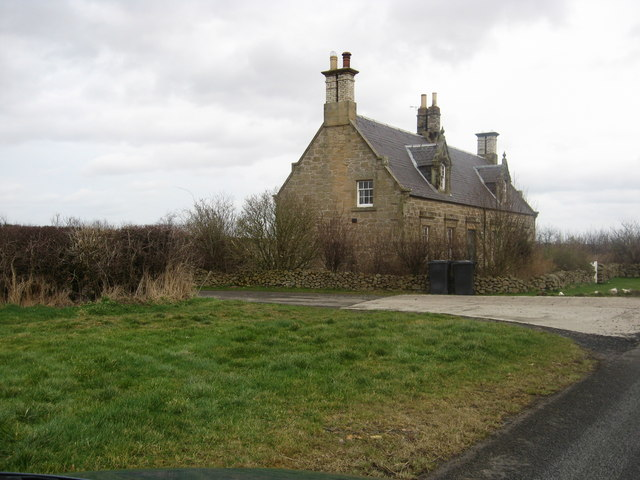 Cottages at the main entrance to Blackadder Mains