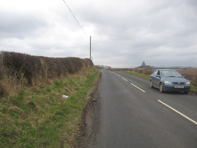 B6460 road running past Crossrig farmlands