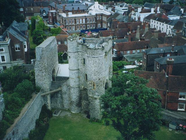 Lewes Castle: Barbican