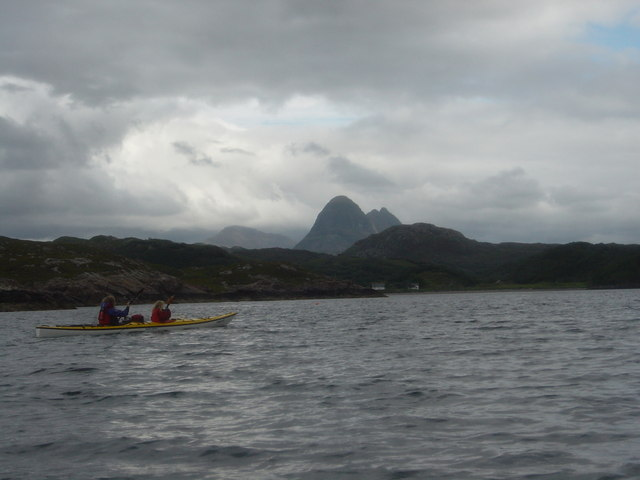 Paddling up Loch Kirkaig