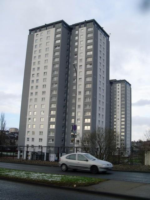Highrise flats in Cardonald