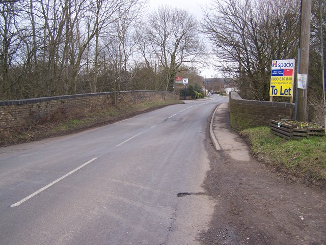 Headcorn Road bridge over railway