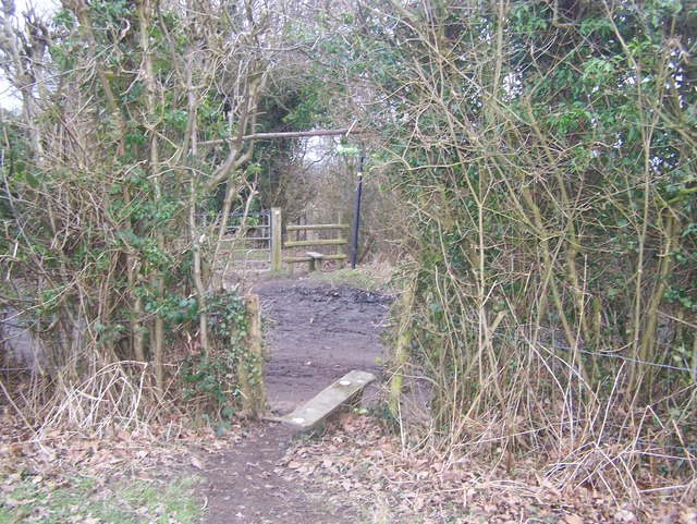 Greensand Way crosses Elmstone Hole Road