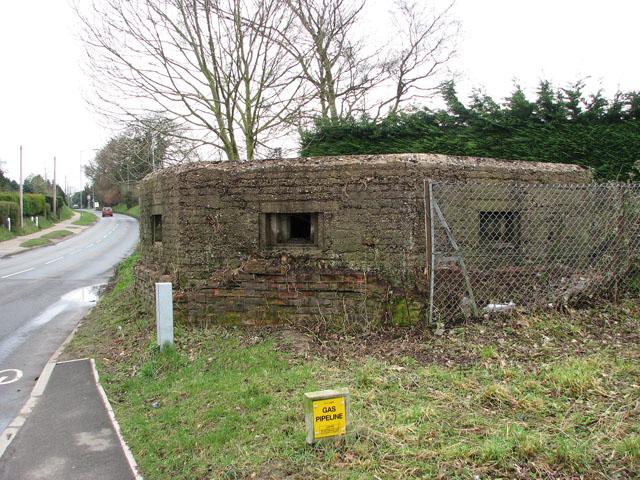 Pillbox beside Norwich Road