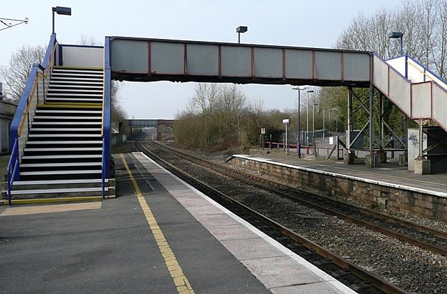 Aldermaston station