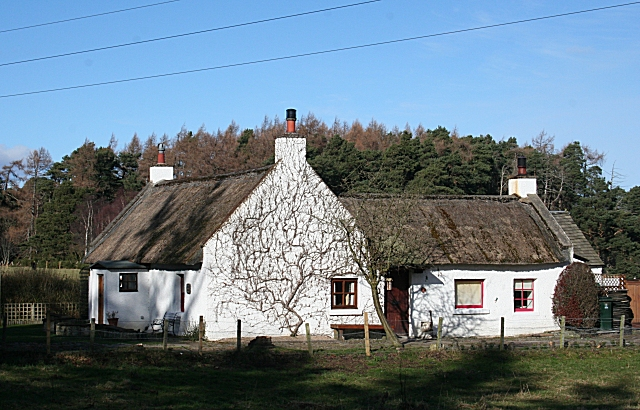 The Thatched Lochnabo Cottage