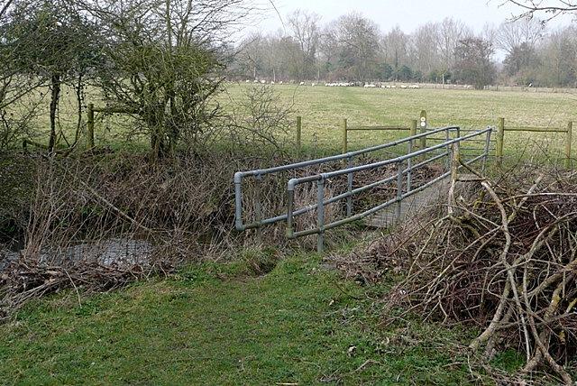 Footpath towards Padworth Mill