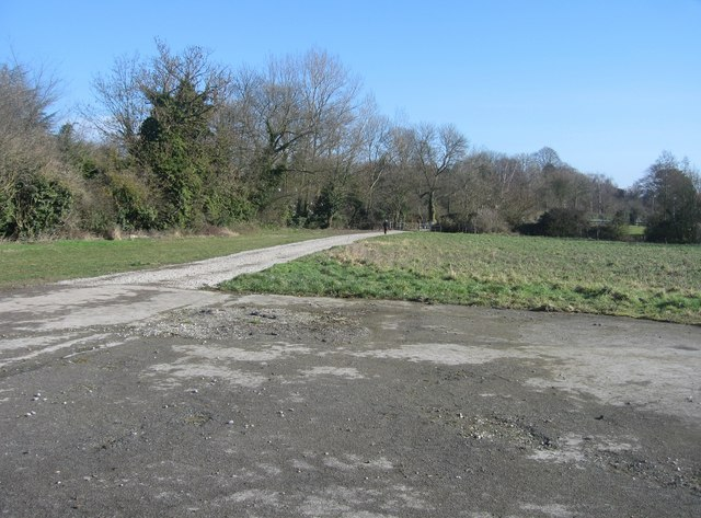 Track leading into Cambridge
