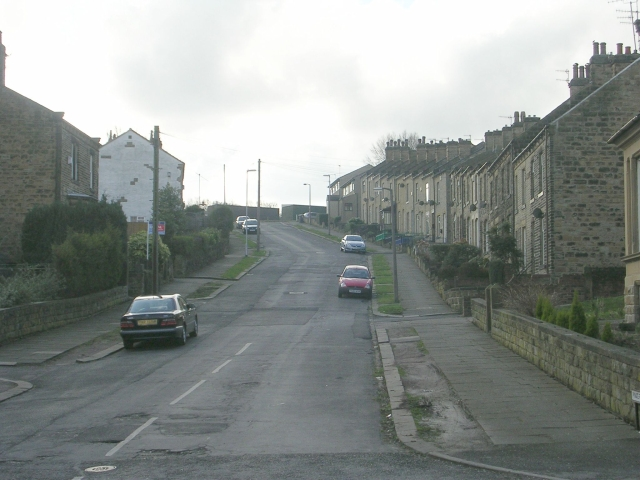 Pynate Road - Carlinghow Lane