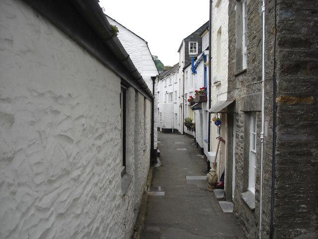 Polperro - narrow street