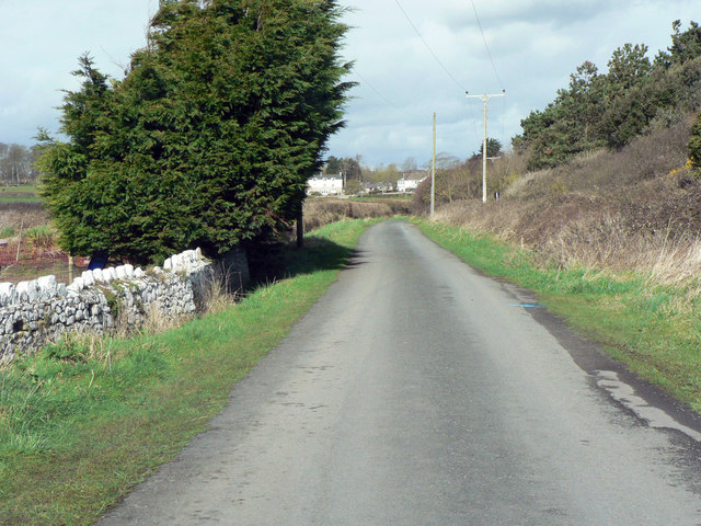 The road to Gileston from Limpert Bay.