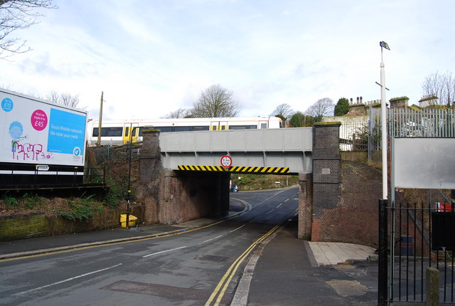 Railway Bridge, Braybrooke Rd