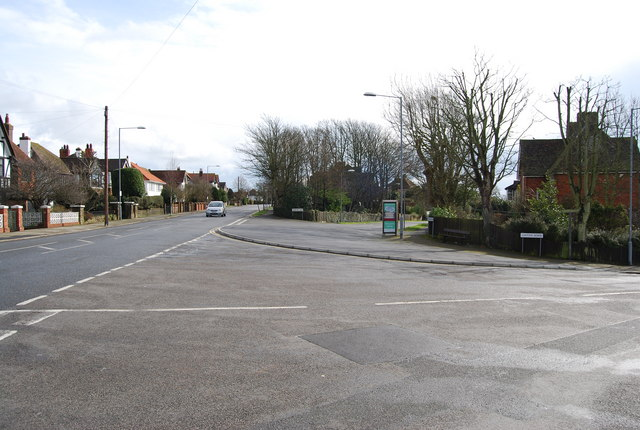 Linton Rd, Wykeham Rd & Priory Avenue junction