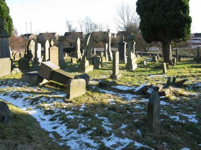 St Ninians Old Parish Church graveyard