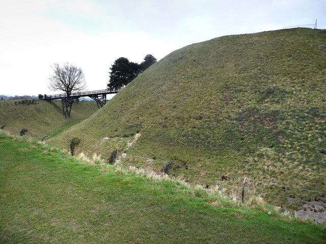 Old Sarum central mound