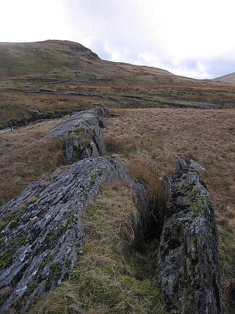 Rock outcrops on Banc Lluestnewydd