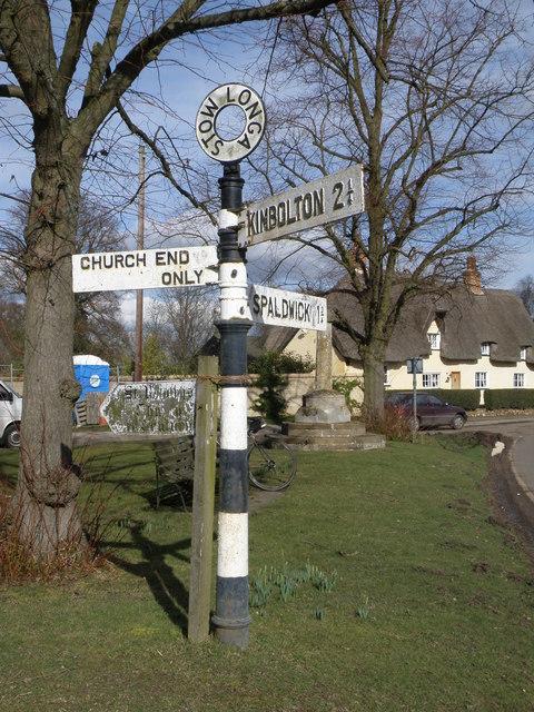 Signpost at Stow Longa
