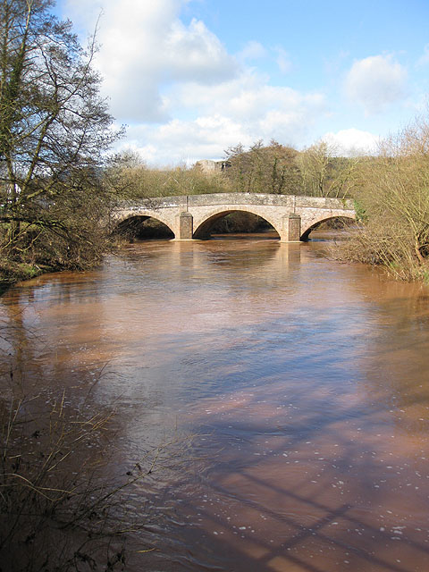 Skenfrith Bridge and the River Monnow