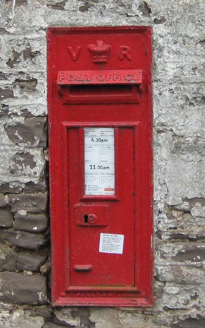 Victorian postbox, Norton