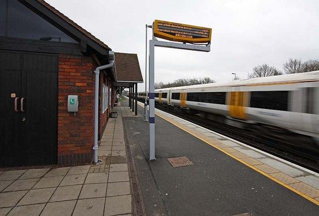 Headcorn Station Platform