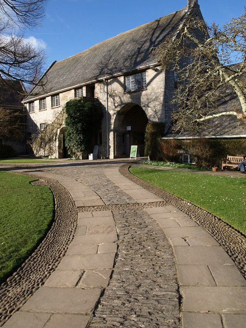 Gatehouse range, Dartington Hall