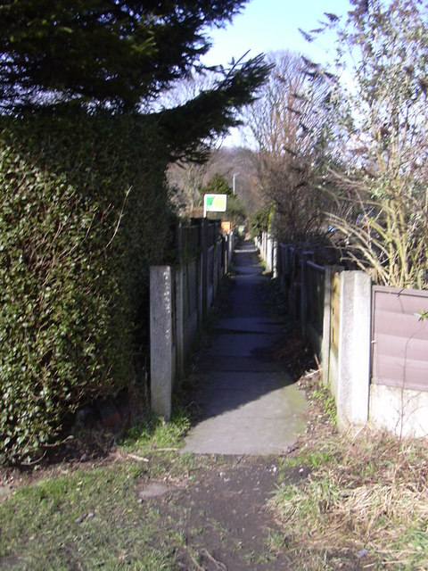Footpath from Robert Street