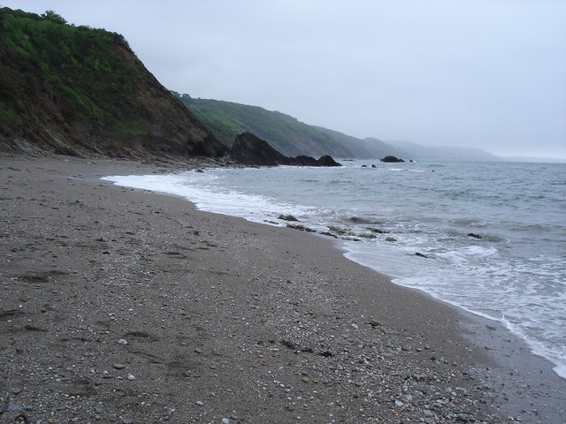 Coastline to the east of Millendreath beach