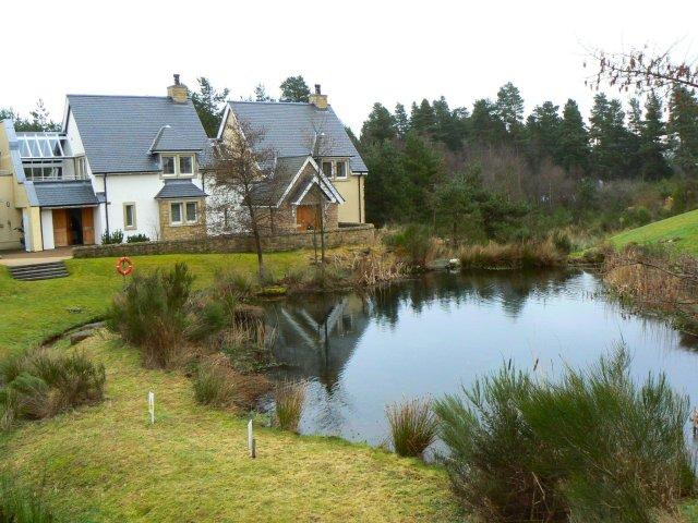 Glenmor village pond