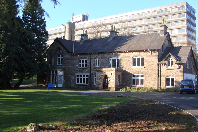 Llantarnum Grange - and office block