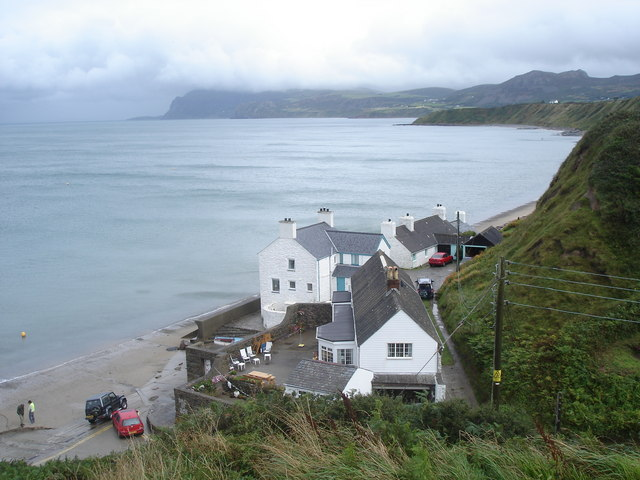 Houses by Porth Dinllaen beach