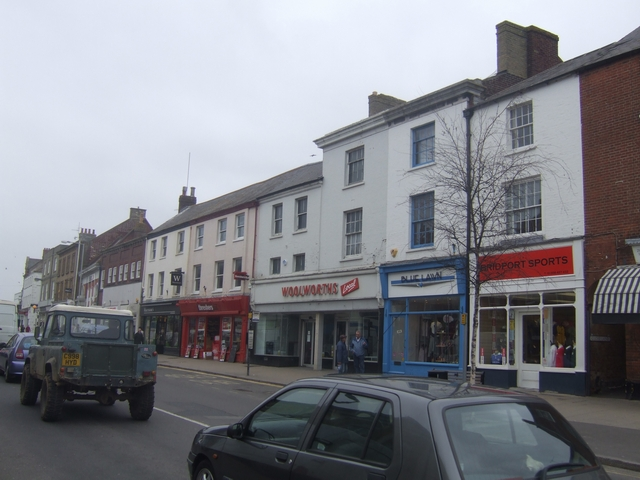 Woolworths 'Local' - Bridport